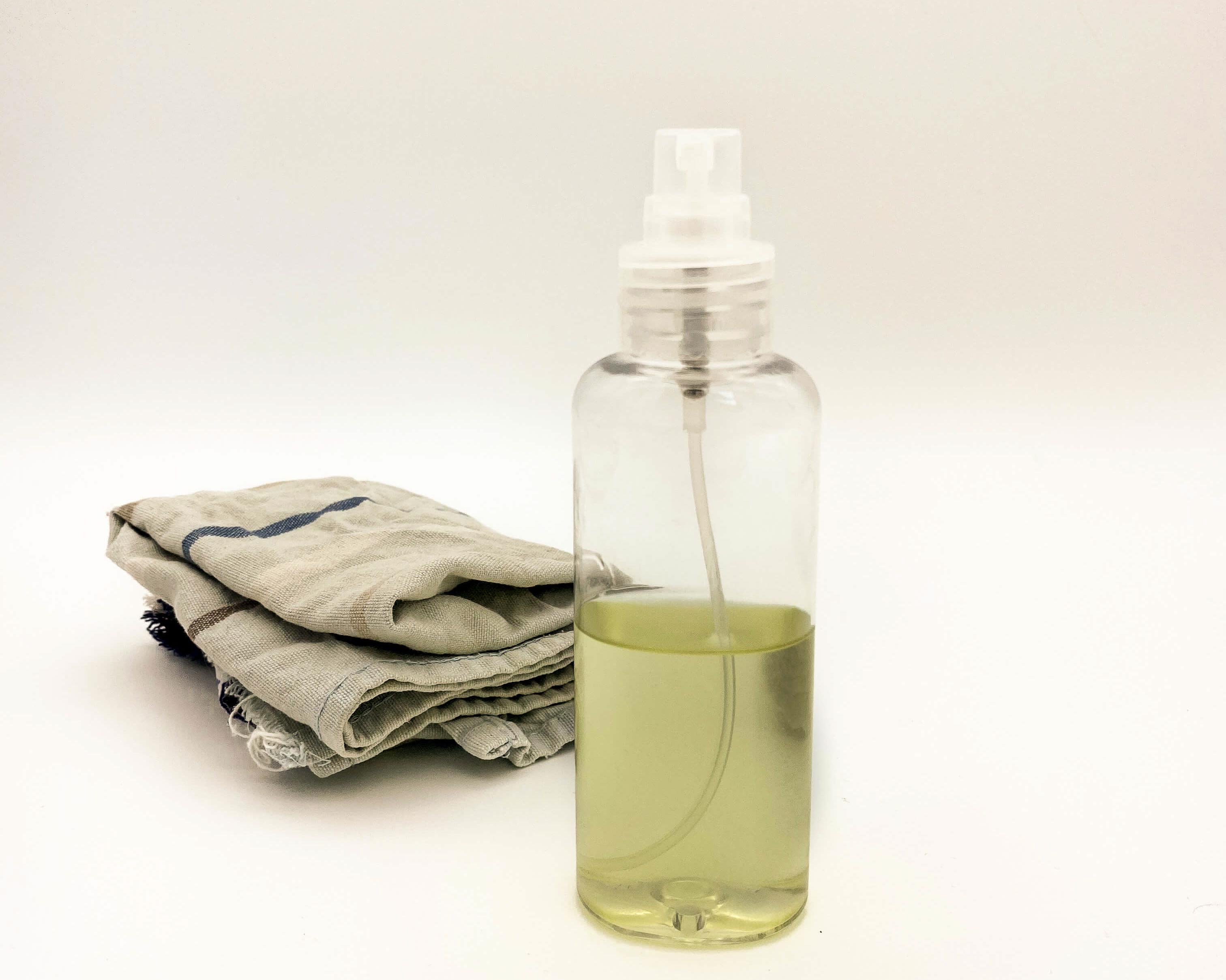 DIY cleaning spray for surfaces