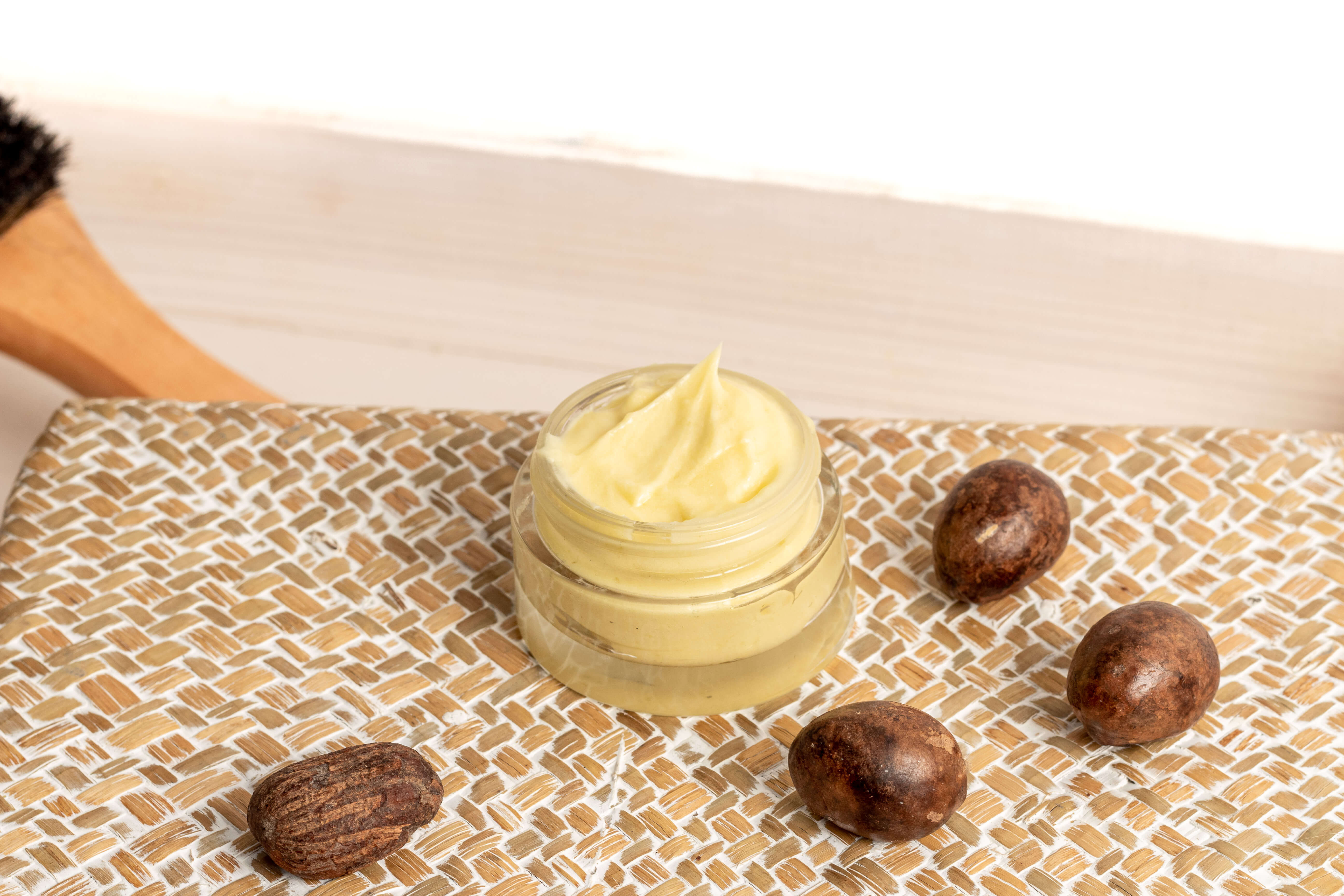 DIY: Hair cream with castor oil